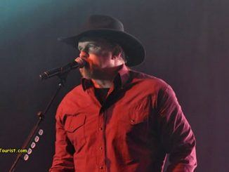 Trace Adkins – About Last Night