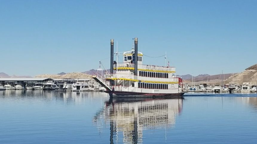 The Desert Princess Boat Cruise